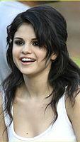 Selena_Gomez_Sweet.jpg